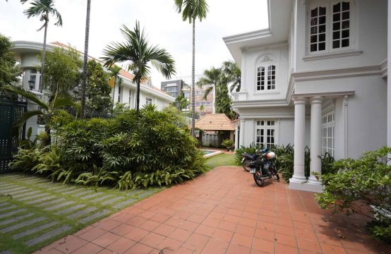 COLONIAL STYLE VILLA IN THAO DIEN