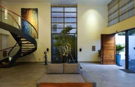Modern-Luxury-House-Saigon-32-835x467