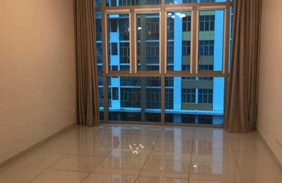 Unfurnished Apartment in Vista With Pool View And Cheap Rental