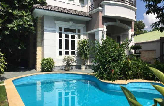 Comfortable 4 Bedrooms, 360 Sqm Villa In Compound, Thao Dien.