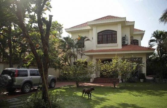 Amazing Mansion For Rent In Thao Dien With Damnably Large Courtyard.
