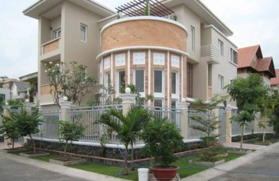 Great House In A Safe Compound To Rent For A Family
