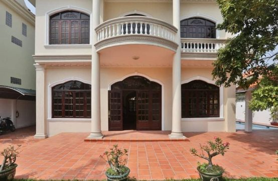 Well-Appointed 4 Bedrooms Colonial Style Villa In Thao Dien For Rent