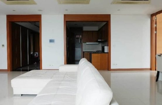 Low-Priced Apartment For Rent At Xi Riverview, Bright Interior Design.