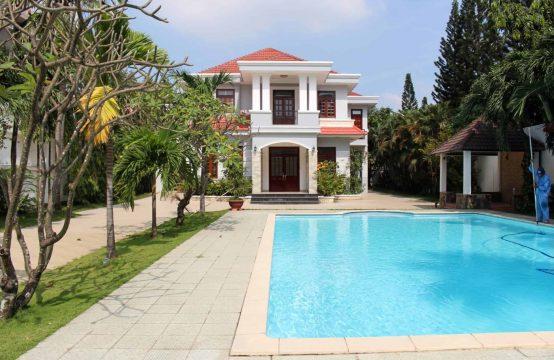Luxurious Villa For Rent Near ISHCMC School With Massive Courtyard