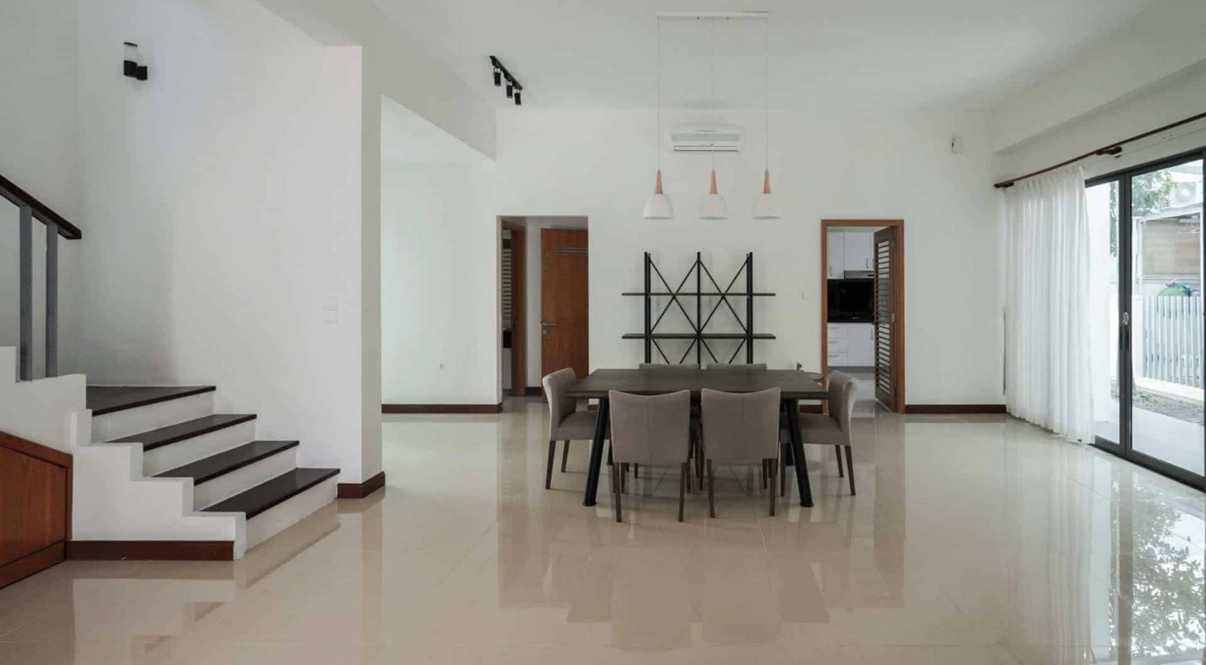 Riviera Villa For Rent 5 Bedrooms And Basic Furniture Chintaisaigon