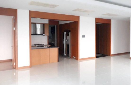 Unfurnished 201 Sqm Apartment In Xi Riverview For Rent