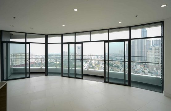Unfurnished 2 Bedrooms City Garden Apartment With Stunning View