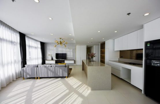 Spectacular 3 Bedrooms City Garden Apartment For Rent