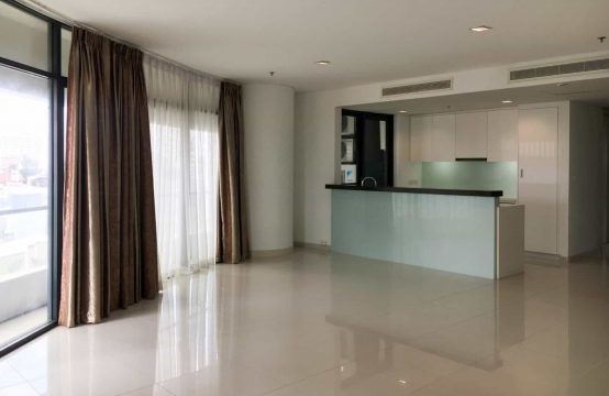 Massive 201 Sqm 3 Bedrooms Unfurnished Apartment For Rent - City Garden