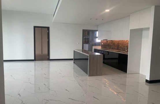 Brand New Unfurnished 3 Bedrooms Apartment In Empire City For Rent