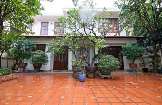 Brilliant Villa In Compound Thao Dien
