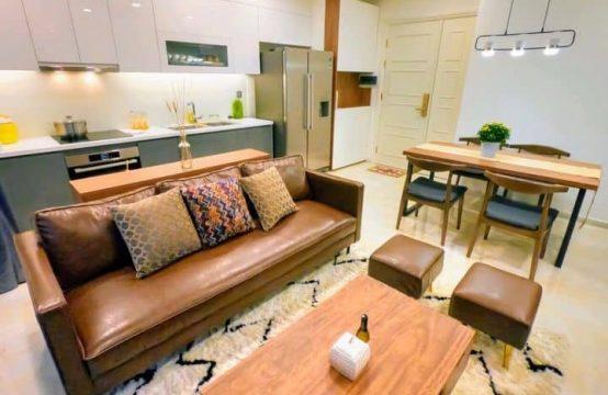 Elegant 02 Bedrooms Apartment In Vinhome Bason For Rent