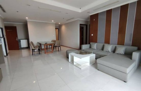 Semi-Furnished 04 Bedrooms Apartment For Rent In Vinhome Central