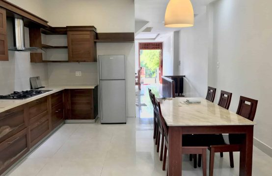 House For Rent In An Phu Ward Behind Vista Building