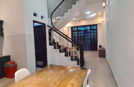 03 Bedrooms House For Rent Walking Distance To ISHCMC