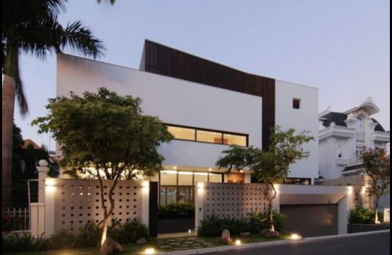 Contemporary Vila In Thao Dien For Rent