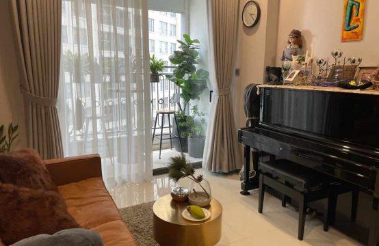 Cheap and Nice 2 Bedrooms Saigon Royal Residences For Rent